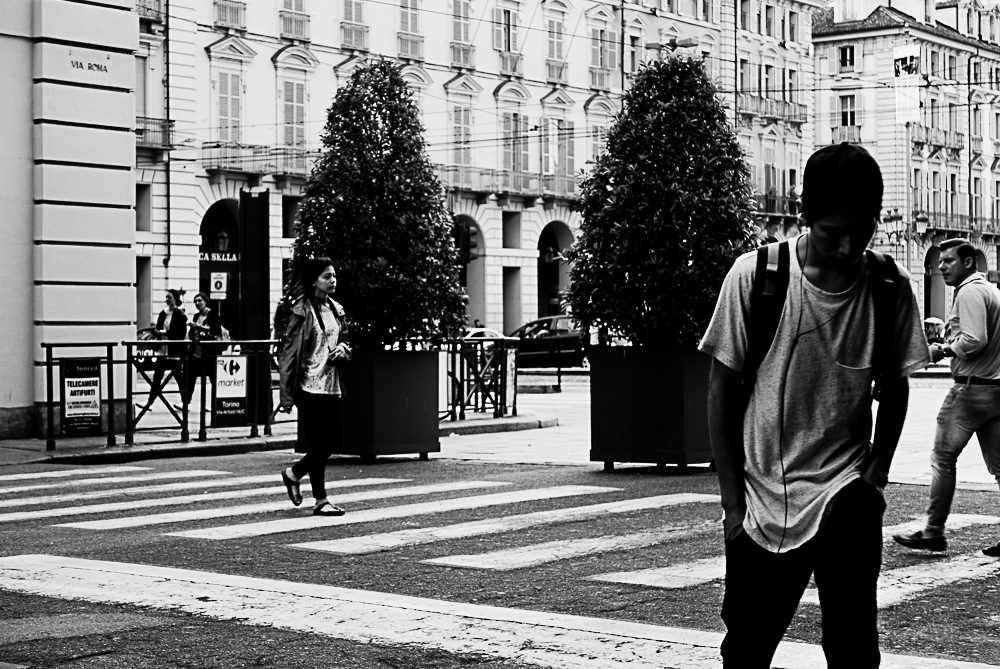 lines concept street photography-14
